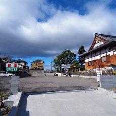 法伝寺ガレージ(トラック用区画)